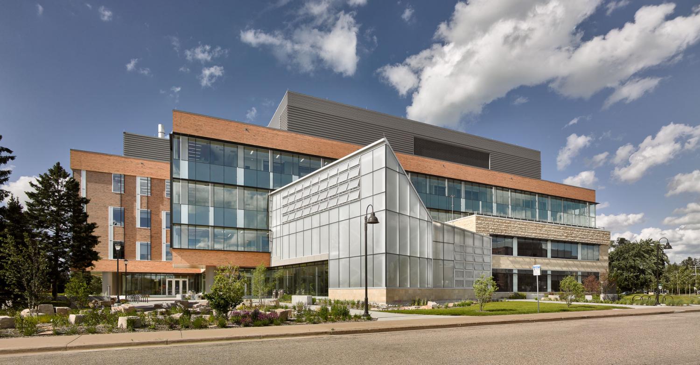UW Stevens Point Chemistry Biology Building